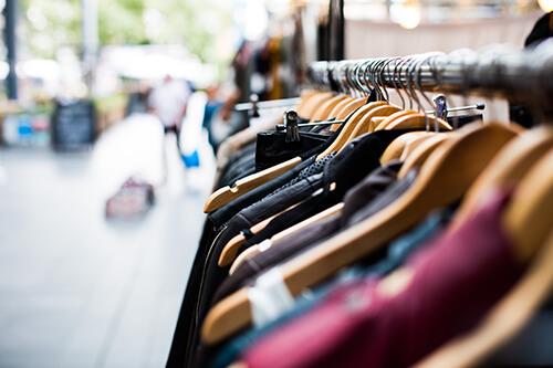 La Bis Boutique solidaire favorable à une consommation éthique et responsable.