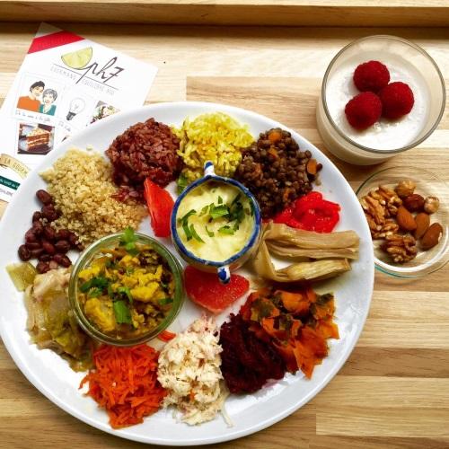 Des repas sains, équilibrés, et délicieux préparés avec des produits de saison.